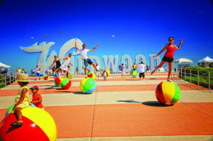 wildwood sign beach balls