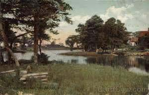 A postcard of the picturesque Magnolia Lake